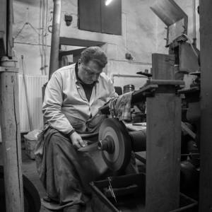 Einblick auf das Handwerk - Handwerk im Herzen von Regensburg - Stahlwaren August Birzer